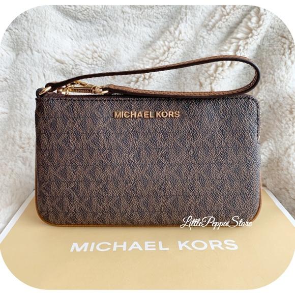 MICHAEL Michael Kors Handbags - MICHAEL KORS JET SET WRISTLET MK BROWN